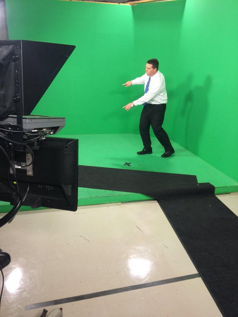.@5NEWSGarrett live on Channel 5 now covering a tornado warning in Bella Vista. #arwx https://t.co/HRgx9o3YBS