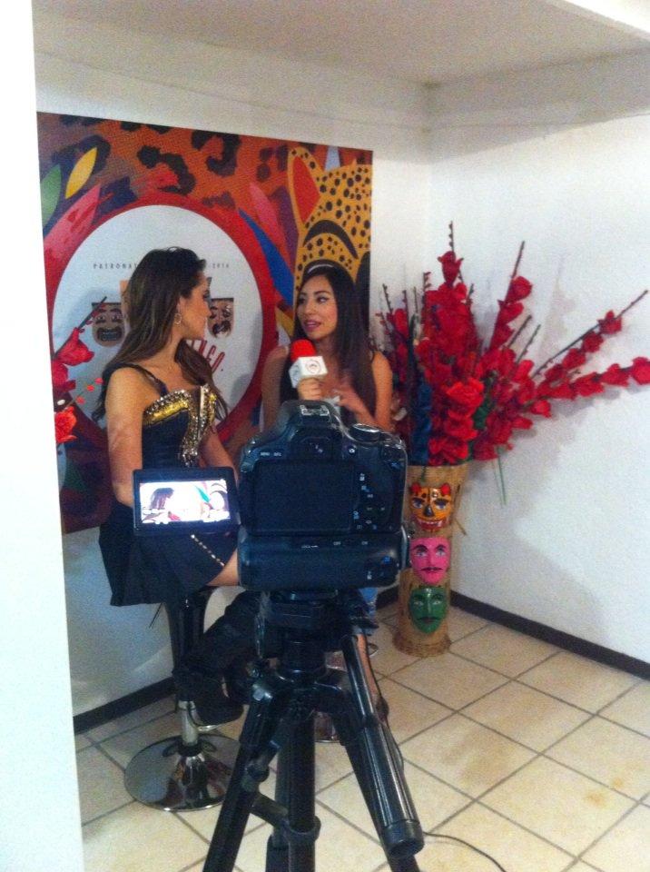 @DulceMaria en entrevista previo a su actuacion en la Feria de Chilpancingo https://t.co/xYq4hPx4gU
