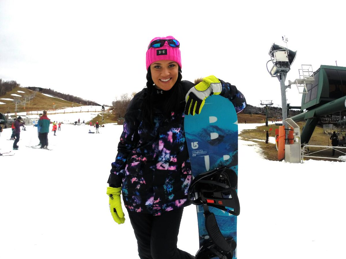 I'm becoming addicted 2 #snowboarding Watch out future pro here haha? #Stowe #SnowChick #boobs
