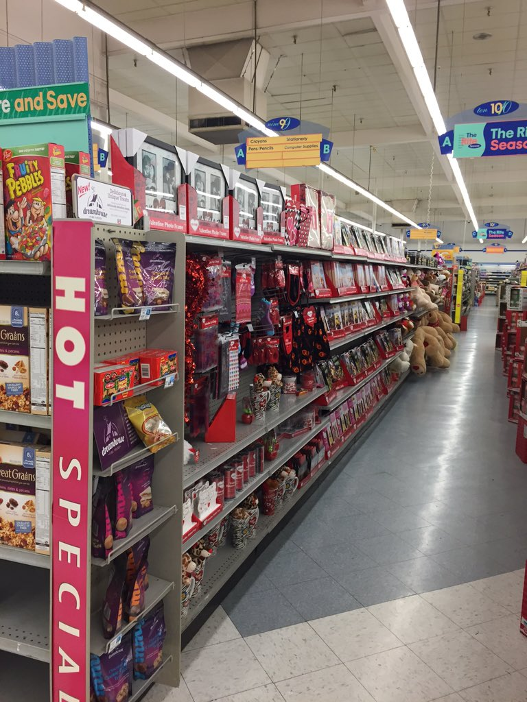 It's the day after Christmas and RiteAid is lined with things for Valentines Day. Marketers need to stop. https://t.co/zCZKPGnXGe