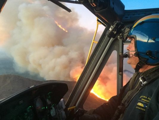 Scenic Calif. highway reopens as fire containment grows (Photo: Ventura Co. Aviation Unit)