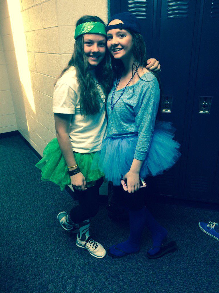 HAPPY BIRTHDAY I hope you have an amazing day love you and your Cody Simpson singing skills