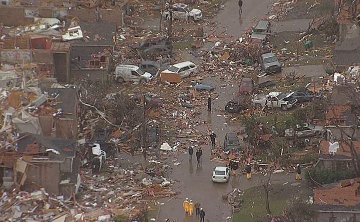 Heartbreaking images from Chopper 5 live in Rowlett right now: WATCH LIVE:  https://t.co/HN6wFAWEuM https://t.co/7IDmXPiqfH