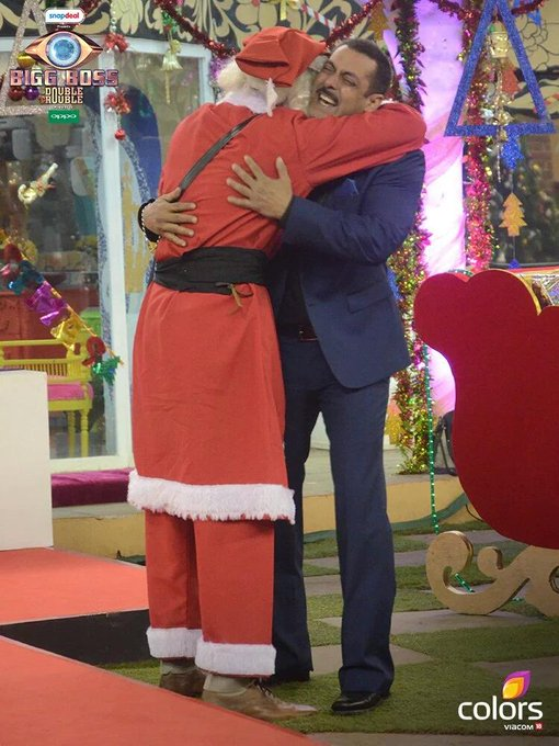 Salman Looking so Cute with Santa Once Again a Big Happy Birthday to My Inspiration, My Being human SALMAN KHAN