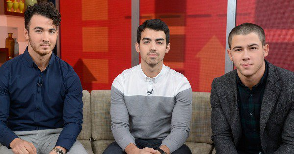 The Jonas brothers reunited for Christmas and there was a truly heartwarming moment: