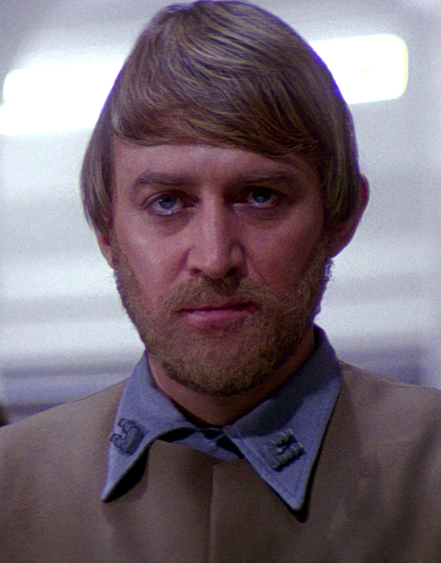 Best Star Wars factoid is this guy: a fake beard coz he turned up on set clean shaven & they'd already made the toy https://t.co/bWzDotXWhX