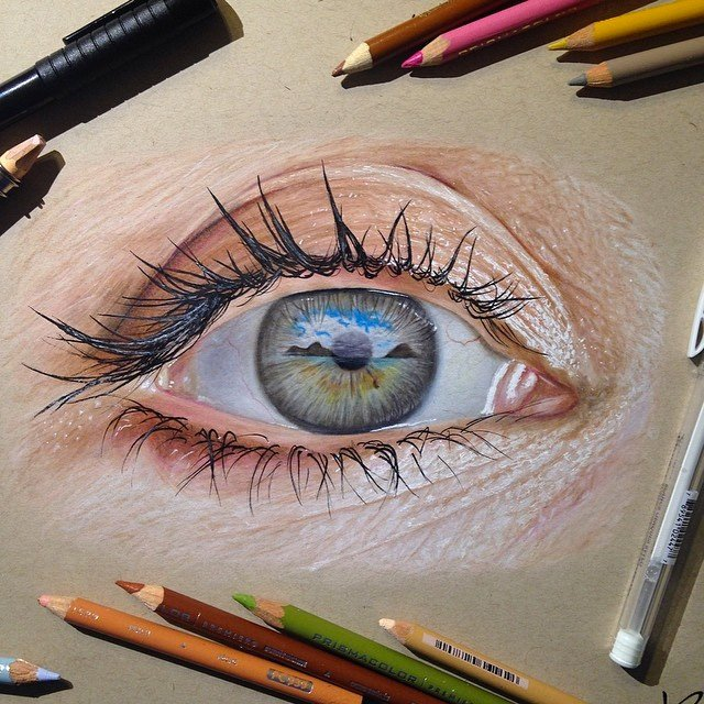 This incredible image was drawn using only colored pencils and gel pens by 19-year-old artist Jose Vergara. https://t.co/Uyzq7oEaYE