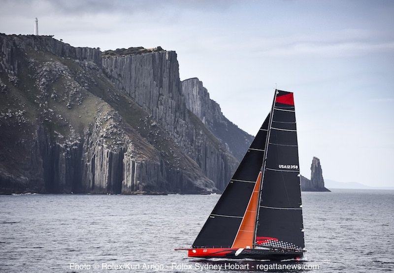 There she is, @TeamComanche as she rounded Tasman. Now, just 25nm to go. ETA 2.5 hrs  #RSHYR https://t.co/NkXzvgsXFw