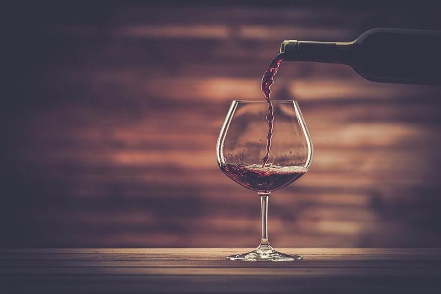 Quer ajuda pra #harmonizar perfeitamente um prato com seus #vinhos favoritos? #Simplifica > https://t.co/6E0WAHDZEZ https://t.co/k3I9zbzVah