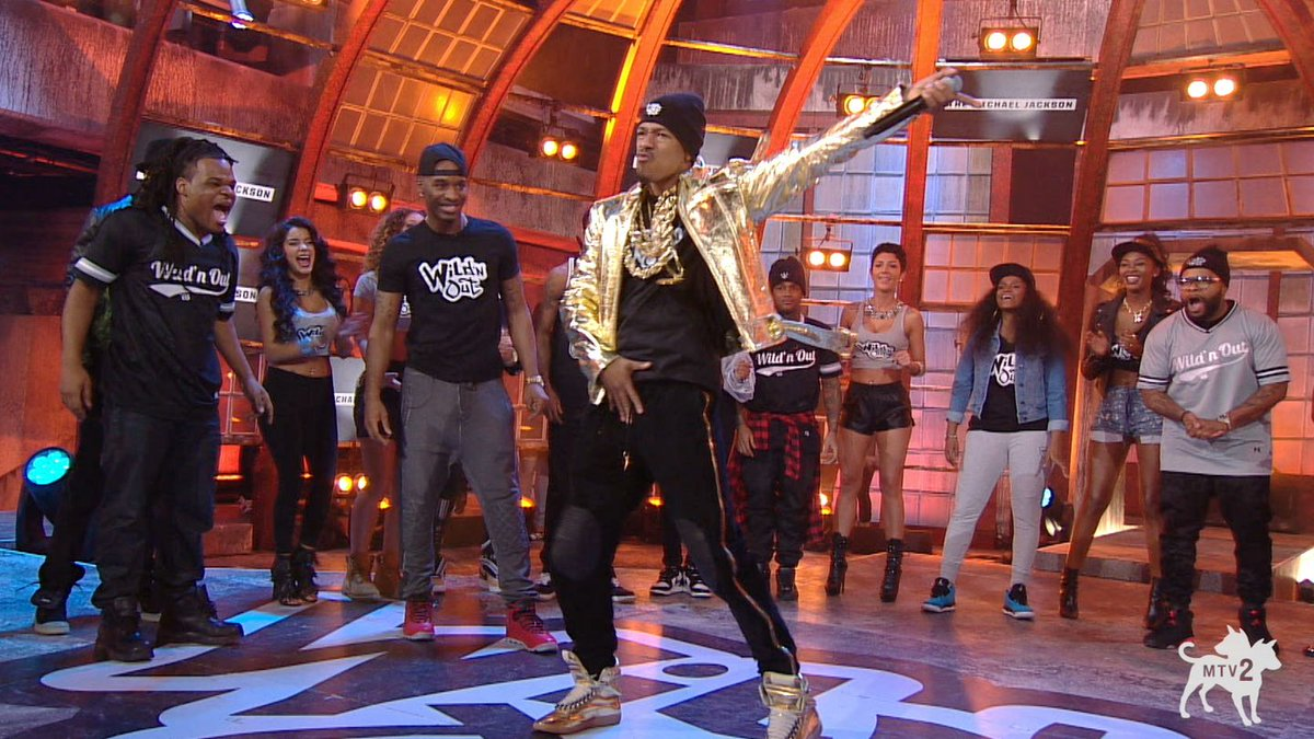 Nick Cannon Proves He Can Do The Michael Jackson
