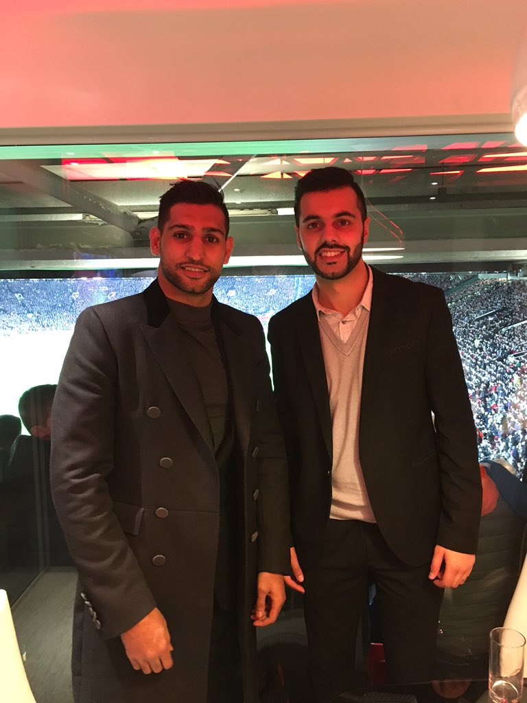 Watching the @ManUtd V Chelsea game at Old Trafford with my bro @AmirKingKhan https://t.co/evHfNCKRv9