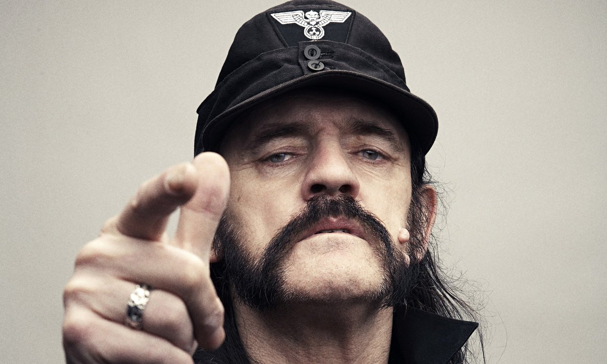 Lemmy Kilmister, Rest in Peace. https://t.co/2YZS9Xb977 #Motorhead https://t.co/3JO2h8lJO9