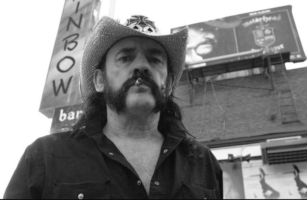 Rip Lemmy https://t.co/OsMZd4cwfi