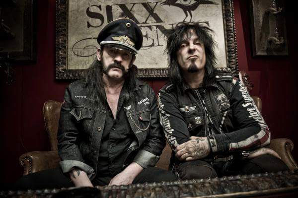 I'll miss you buddy and our conversations. You were always a pilar of dignity. RIP #Lemmy https://t.co/da7YV08V1W