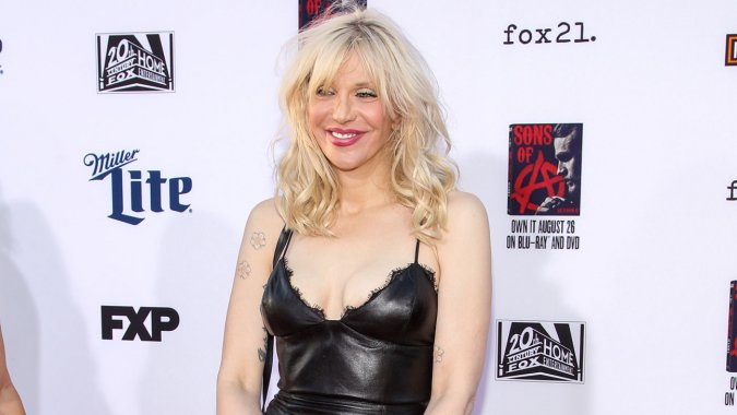 .@Courtney Love shares poignant Christmas letter to