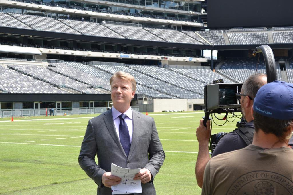 How does announcer Phil Simms tackle Father Time? Find out + enter to win a signed football: https://t.co/O3o9itqPQn https://t.co/LCuYCLLvdw