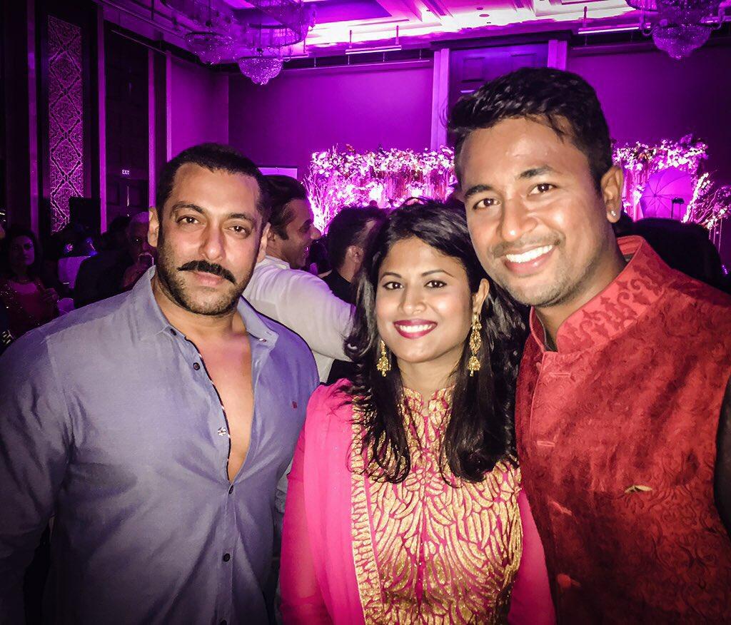 With Salman Khan at Rohit Sharma's wedding. https://t.co/bnBuab5TKx