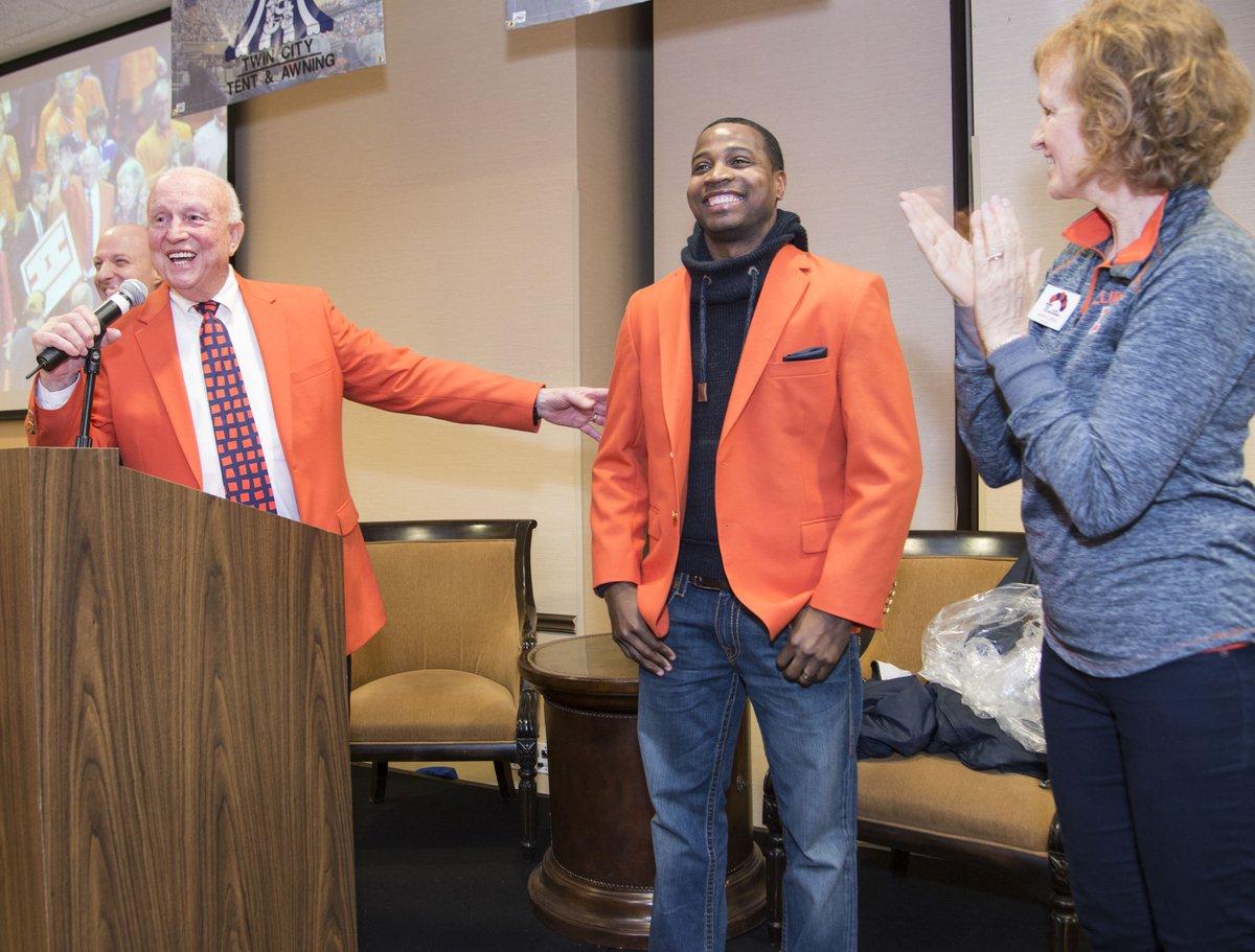 Photo gallery: Dee Brown gets his orange jacket @IlliniMBB @Illinois_Alma https://t.co/lq7t2kgQgD