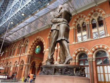 There's more to that huge bronze statue at St Pancras than first thought https://t.co/ZLui7oLNOH https://t.co/AvbyLEUe5P