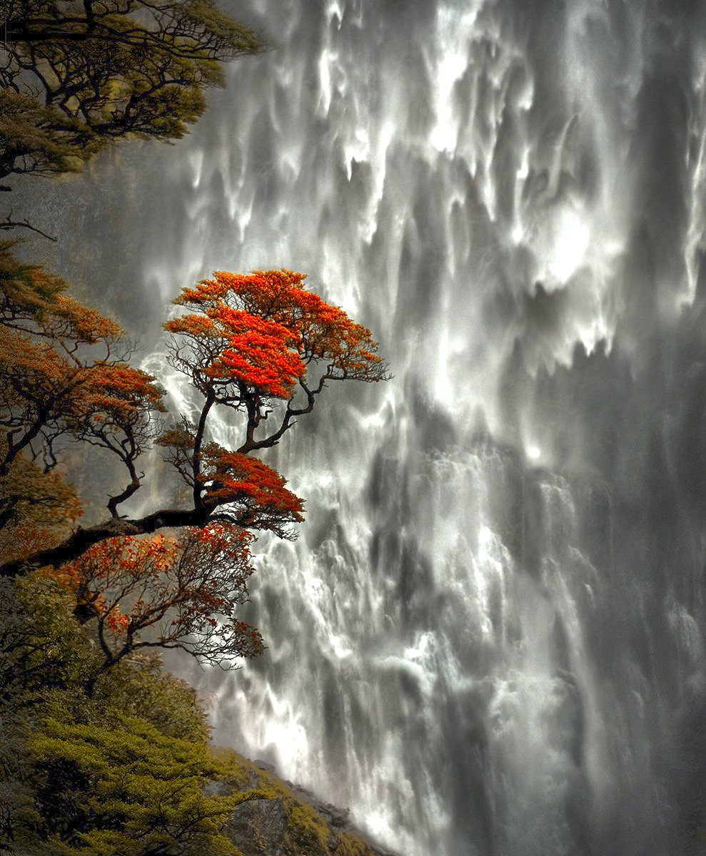 Devil's Punchbowl Falls located in Ontario, Canada https://t.co/6Git8o14fP