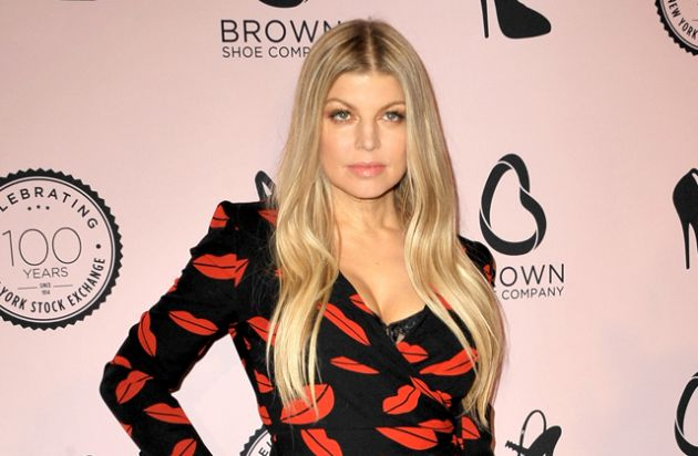 RT @Latina: #NYE is almost here. @Fergie shares her and @joshduhamel's steamy plans. https://t.co/FVJ28jgZTo https://t.co/ZfoO0XZWmQ