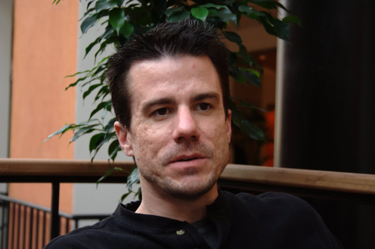 RIP Ian Murdock (1973–2015), the founder of Debian project. You'll be missed. https://t.co/Nq7yly3D4s