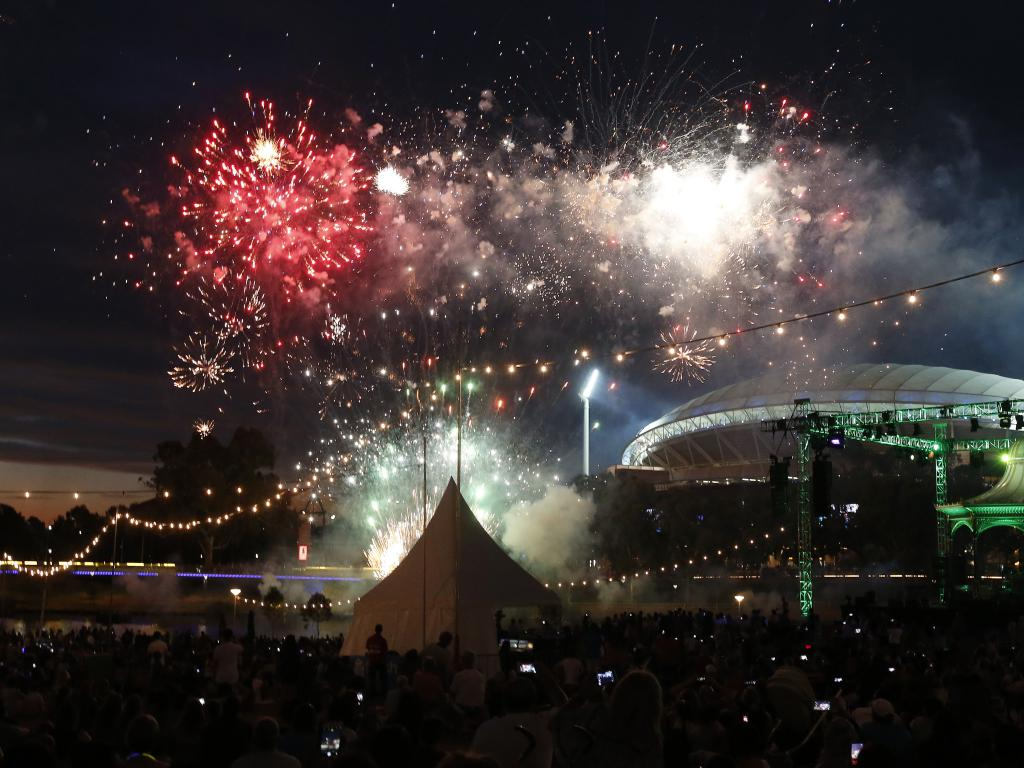 Pictures: How SA is partying into 2016 #ADLNYE2015 https://t.co/M9ntwPNcpr https://t.co/U8vhW8BIrh