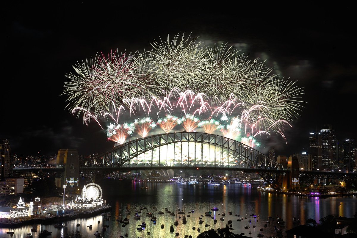 Another perspective on an unbelievable #SydNYE https://t.co/bpP0ewVJyf