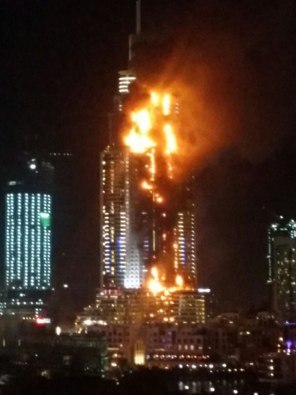 Breaking news: Fire at the @AddressDowntown this evening. Hoping all are safe. Report on the cause to follow. #Dubai https://t.co/ErrRfUpULD