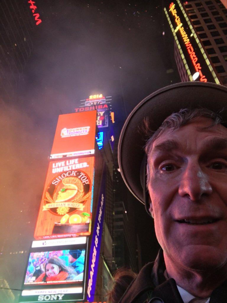 Happy New Year, all! https://t.co/YWjcrUKNnS
