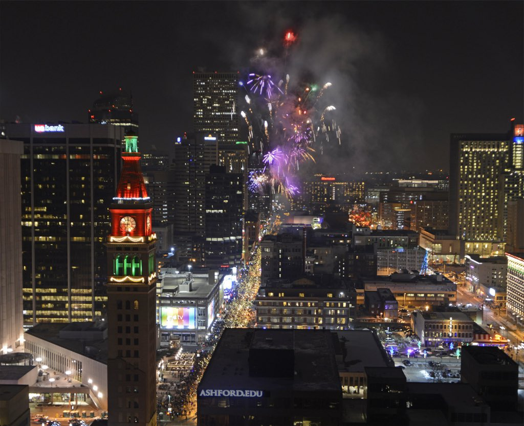 Happy New Year, Downtown Denver! Photo credit: Larry Laszlo/CoMedia #HappyNewYear https://t.co/FEGDUE2vJp