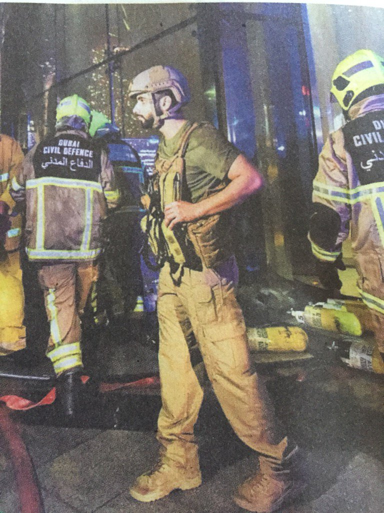 Son of Dubai Ruler/UAE PM @SheikhMansoor at the site of the Dubai tower fire. Photo by Ahmed Ramzan of @Gulf_News https://t.co/GBs38QdzVo