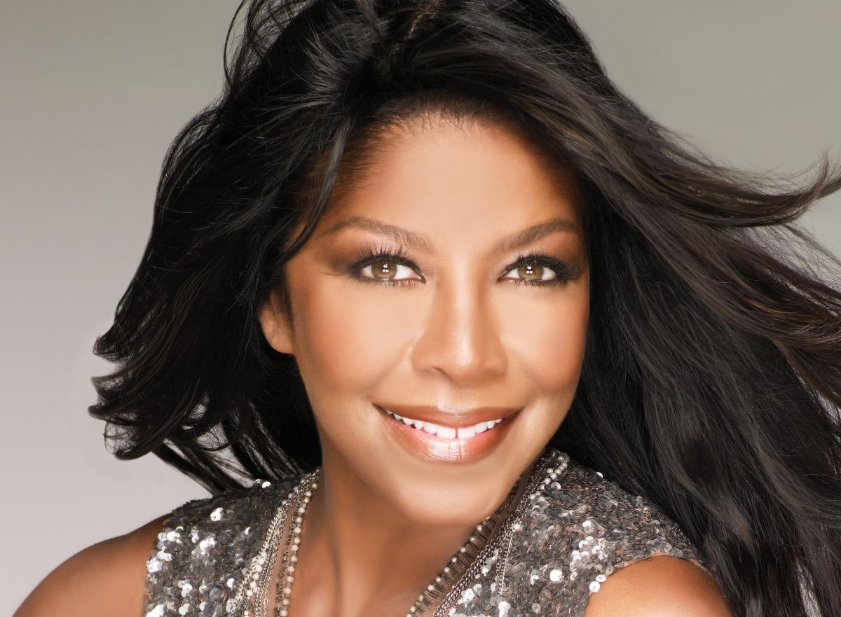 I'm saddened to hear about the loss of Natalie Cole. Just an amazing talent whose voice will be greatly missed. RIP https://t.co/S3ZoILZZid