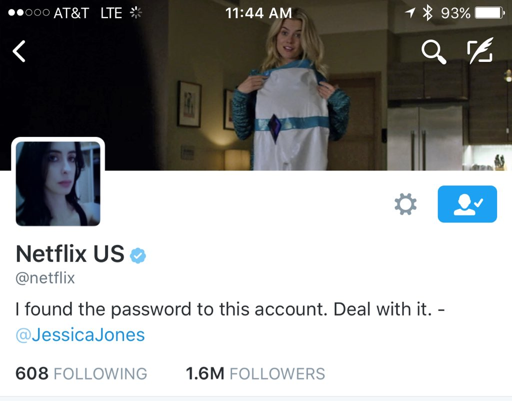 Looks like the @netflix account has been hacked by some snarky, boozy detective w/ a super suit https://t.co/qcja7tCvrb