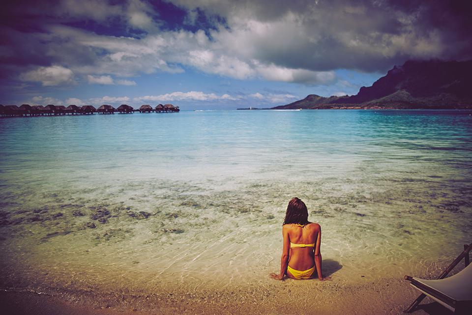 From Bora Bora to you: new #VSSwim hits shores 1.6. #OwnTheBeach https://t.co/v65DjmtSMh