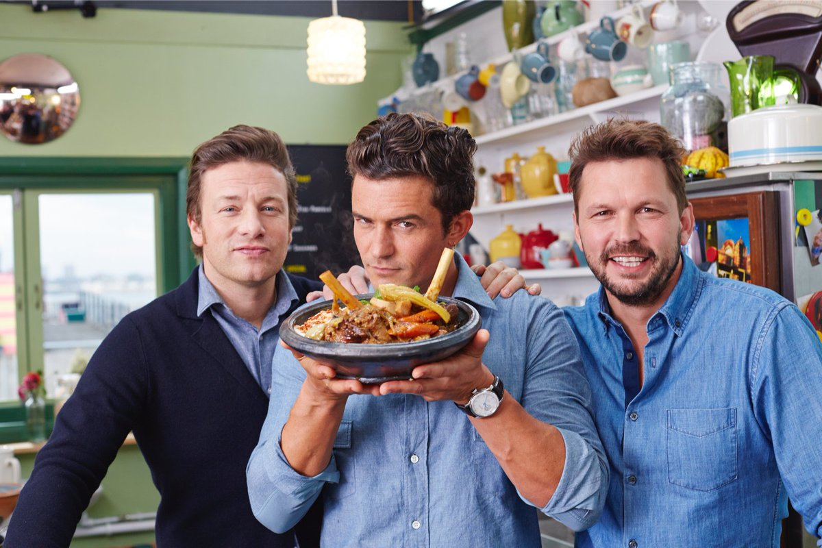 #FridayNightFeast is back on! Tonight Orlando Bloom joins us. Get watching @Channel4 8pm X https://t.co/av4zQ4WY8L