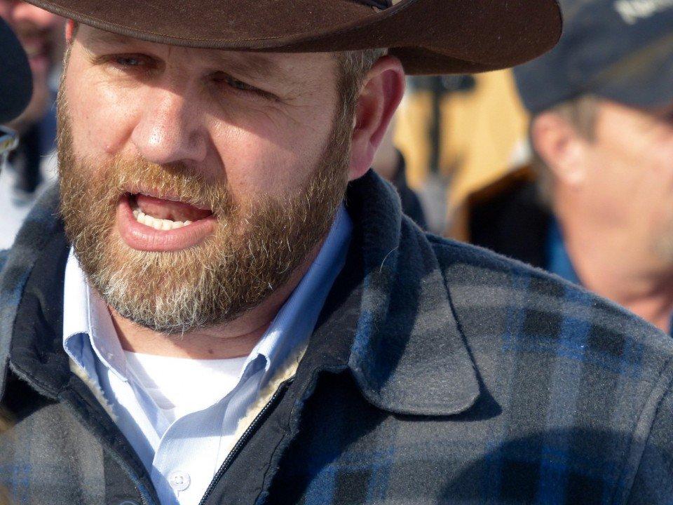 UPDATE: Militia takes over Malheur National Wildlife Refuge headquarters near Burns, Oregon https://t.co/mTgWYumW4l https://t.co/uMwCEd8jZ8