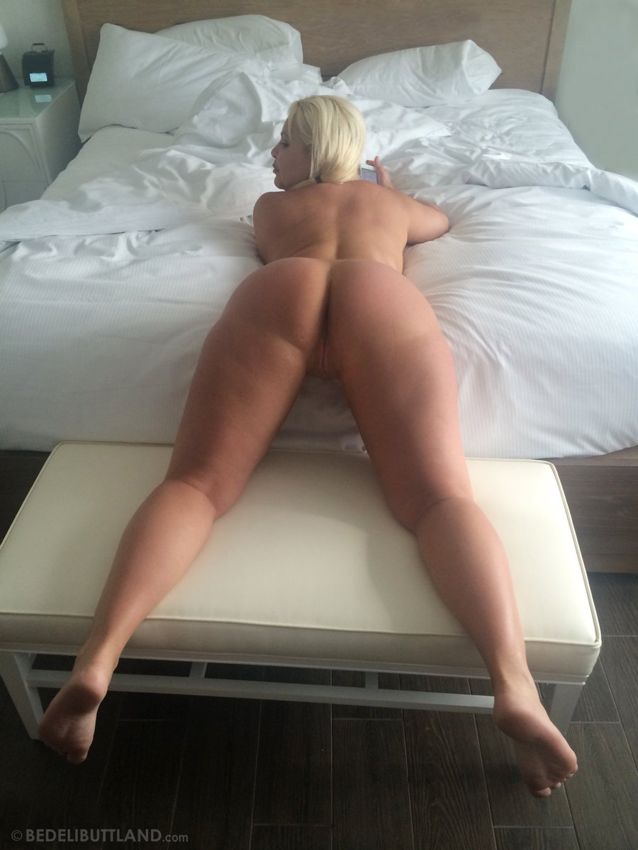 Hello 2016.! XOXO Bedeli B. #PAWG #Big #Ass #Pussy #Porn #Slut #Cuban #Butt #thickness #sexy #Blonde