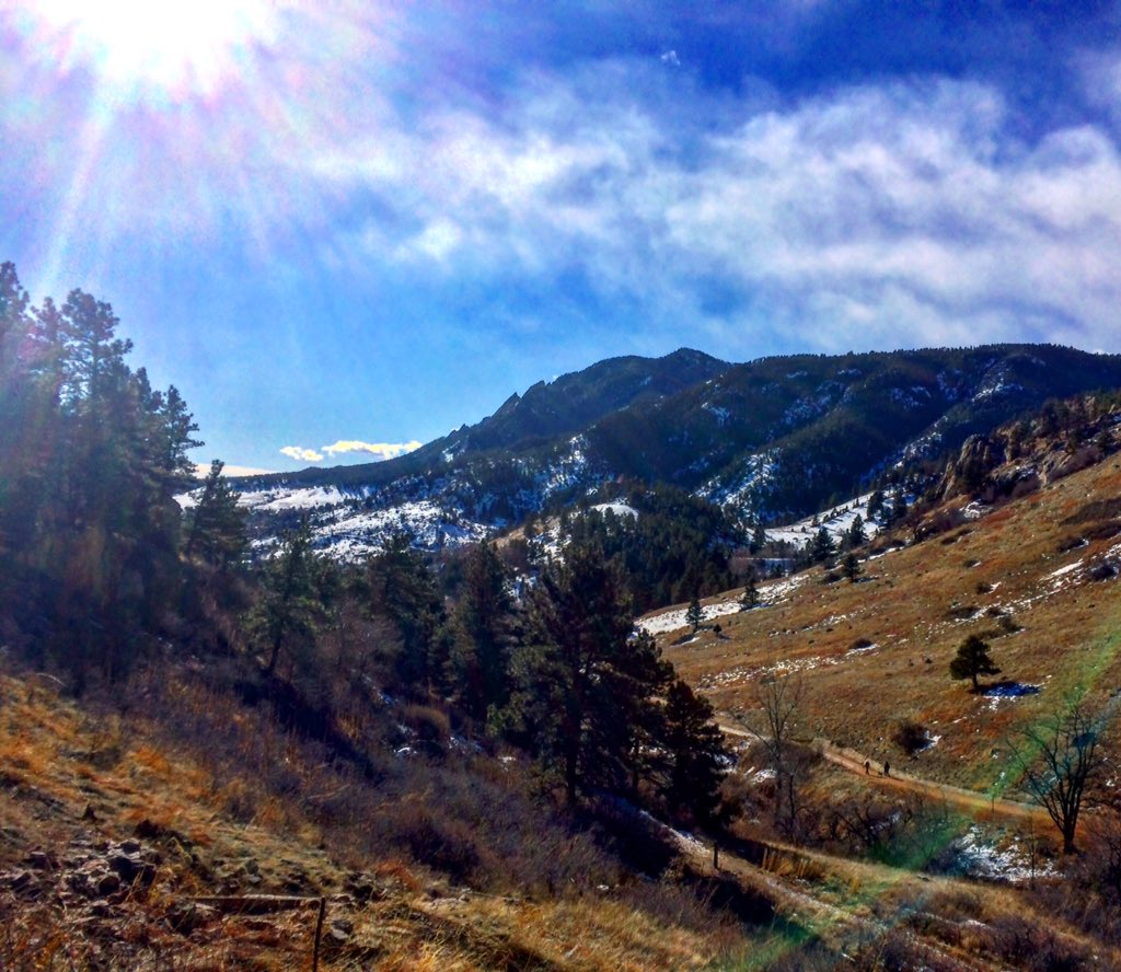 #Hiking in the majestic #boulder mountains! https://t.co/rfkMpTTl9Y