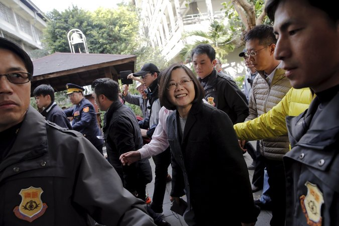 Tsai Ing-wen Elected President of Taiwan, First Woman to Hold Office https://t.co/NeeUUrBJEy https://t.co/1yShsEaZ8y