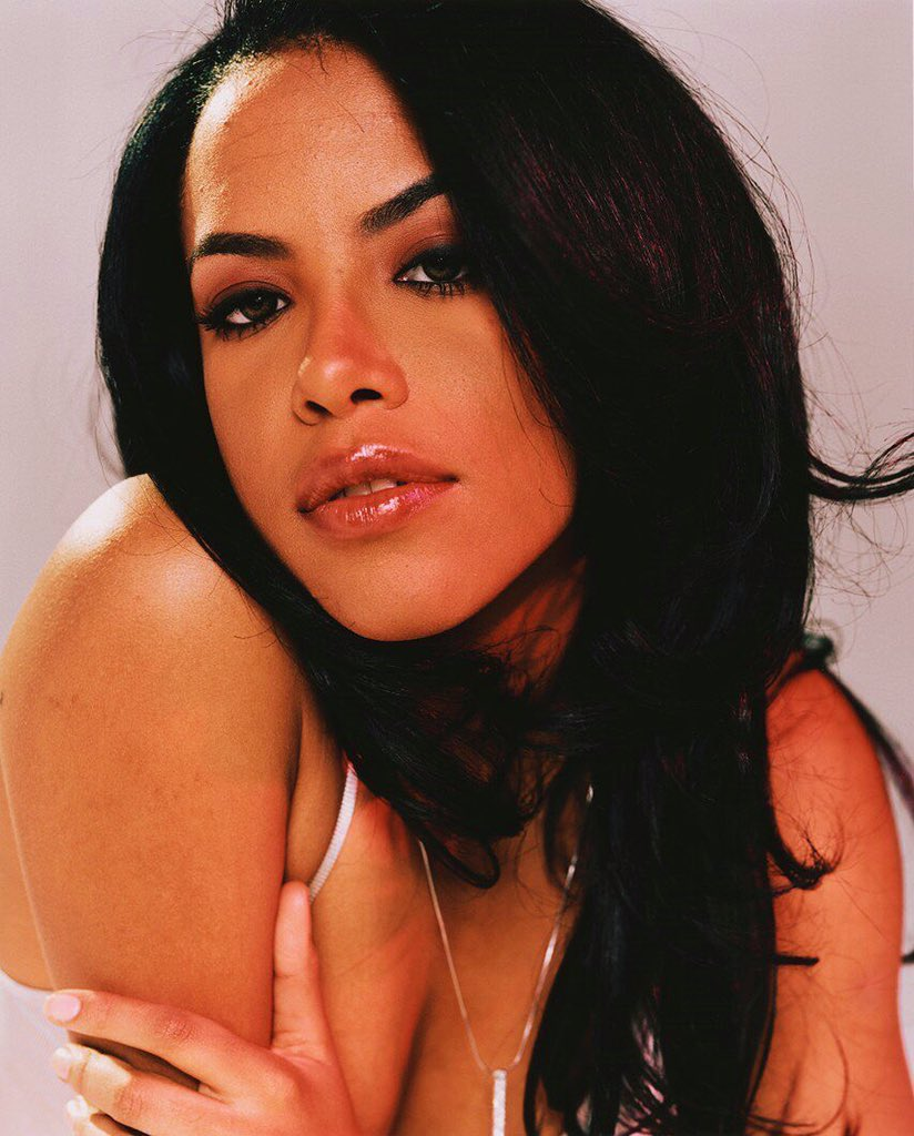 Happy birthday to this beautiful angel, #Aaliyah