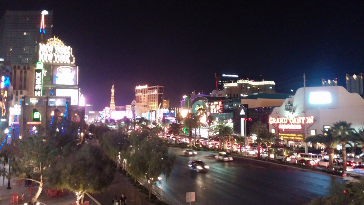 Welcome to Vegas IBS 2016 attendees! #IBSVegas https://t.co/fc3cW823po