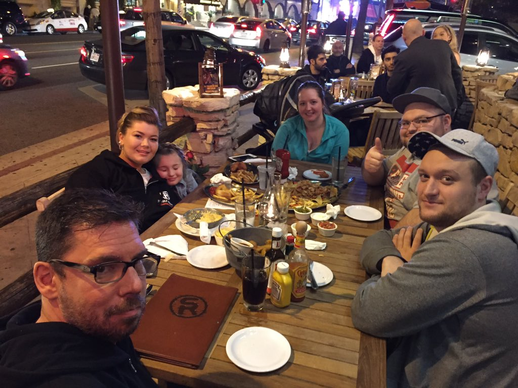 Dinner with the family! @AmberLPortwood @leah_leann  #saddleranch https://t.co/TJ4VCIksCO