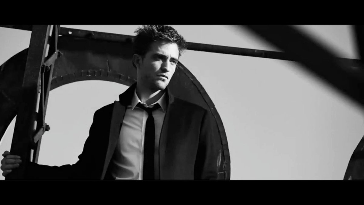 100+ HQ SCREENCAPS - Robert Pattinson in Dior Homme Intense commercial https://t.co/uC9RssPUgG https://t.co/AF7RpuCLri