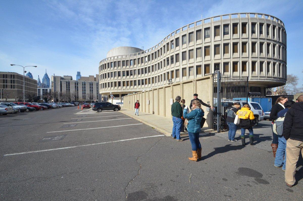 Saving Pennsylvania's #MidMod buildings, including Philly's 'Roundhouse' https://t.co/wsOSJ0Vs7B @BrutalHouse https://t.co/LWJTaGx4Ix