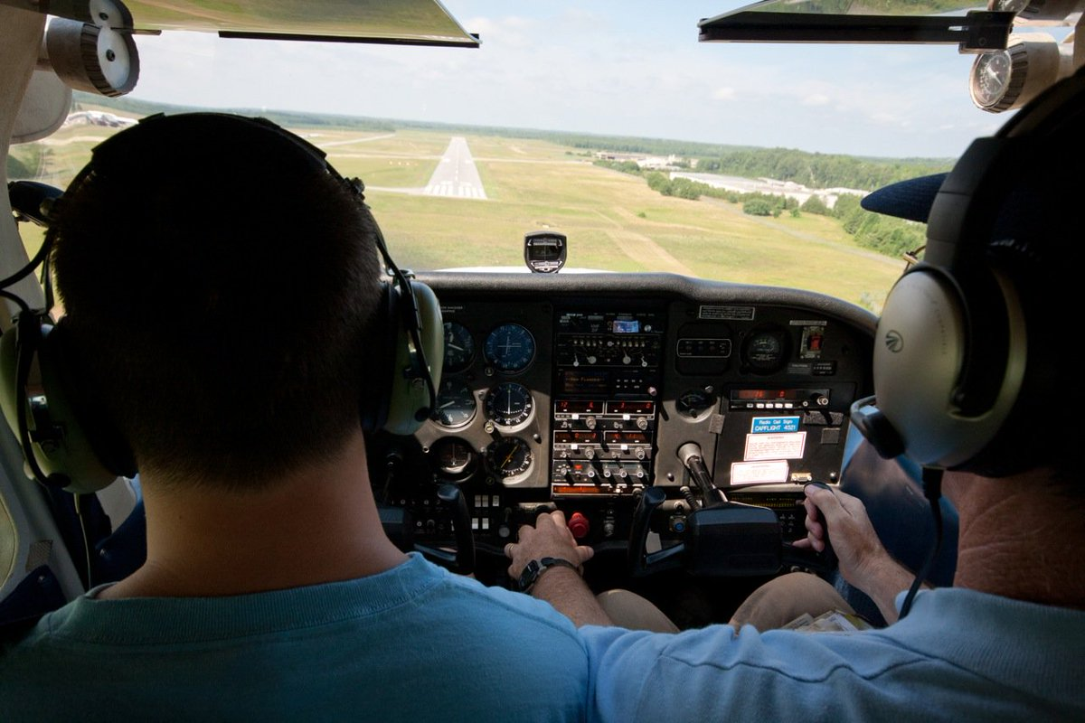 Pilots: Do you know what your best glide speed is? Learn more: