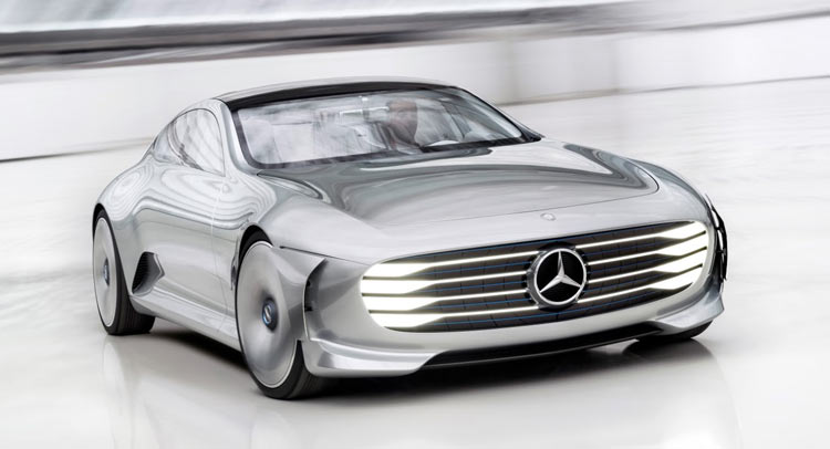 #Mercedes Designer Offers Insights About The Future Of The Company https://t.co/NoZwZUwt0v https://t.co/gd5ZLQ98fc