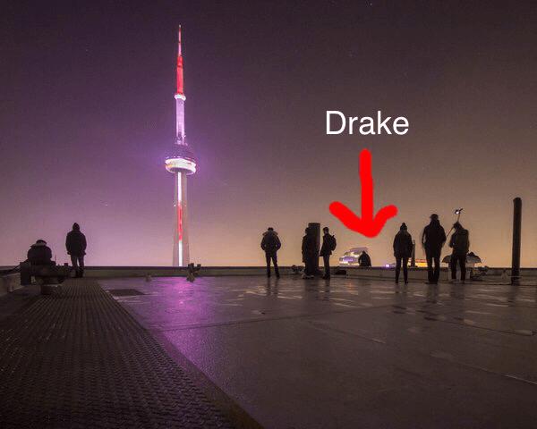 "(Rumored) Drake ""Views From The 6"" CoverShoot https://t.co/YzAxG041aC https://t.co/vUdZqw3uq1"