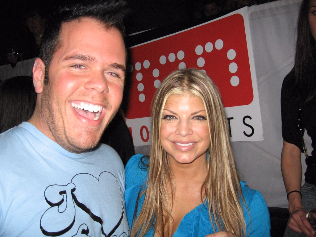 RT @ThePerezHilton: Me and my chins with @Fergie, way back in 2006. https://t.co/QpmREulNcH https://t.co/GfLleULYtL