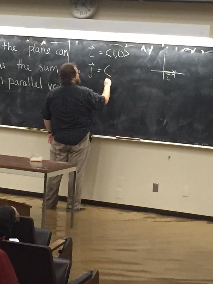 UCSD math prof continues lecturing despite flooding classroom. Kind of a nice metaphor for lecture pedagogy. https://t.co/NjqB9x1AGP